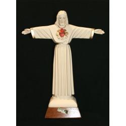 Cristo Rey de granito.