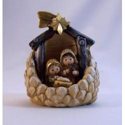 Nacimiento infantil dentro de una piña