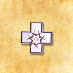 Aplicación cruz clavos